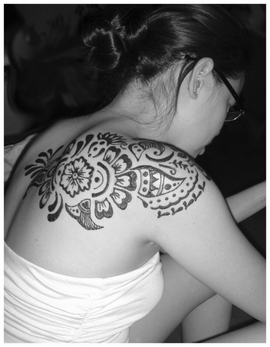 Henna Tattoo Design for Shoulder Picture